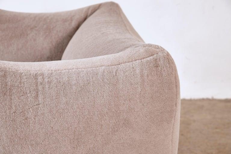 20th Century Mario Bellini Le Bambole Lounge Chair, Upholstered in Alpaca, B&B Italia, 1970s For Sale