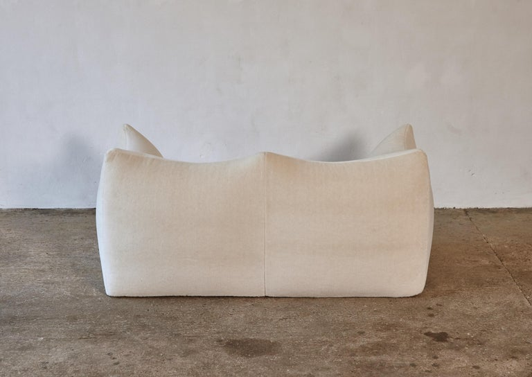 Mario Bellini Le Bambole Sofa, Upholstered in Alpaca, B&B Italia, 1970s For Sale 2