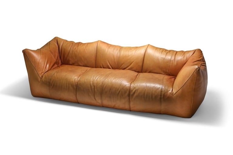 Late 20th Century Mario Bellini 'Le Bambole' Three-Seat Couch in Tan Leather For Sale