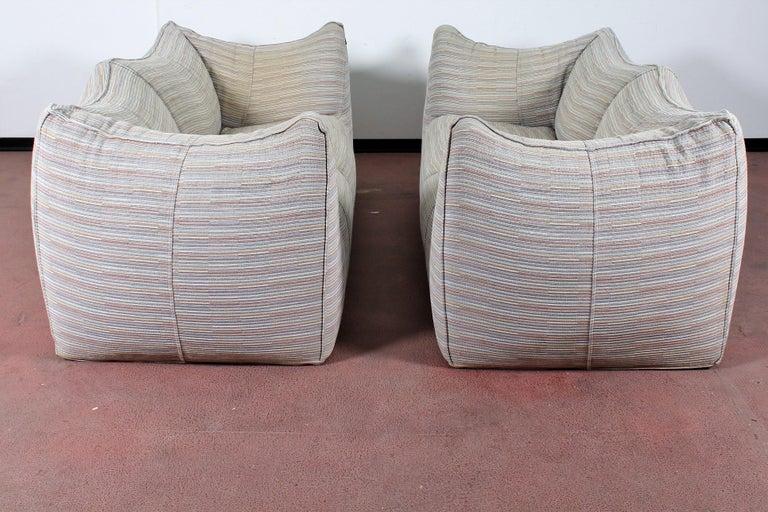 """Italian Mario Bellini""""Le Bambole"""" Vintage Two-Seat Sofa Missoni Fabric B&B Italia, 1970s For Sale"""