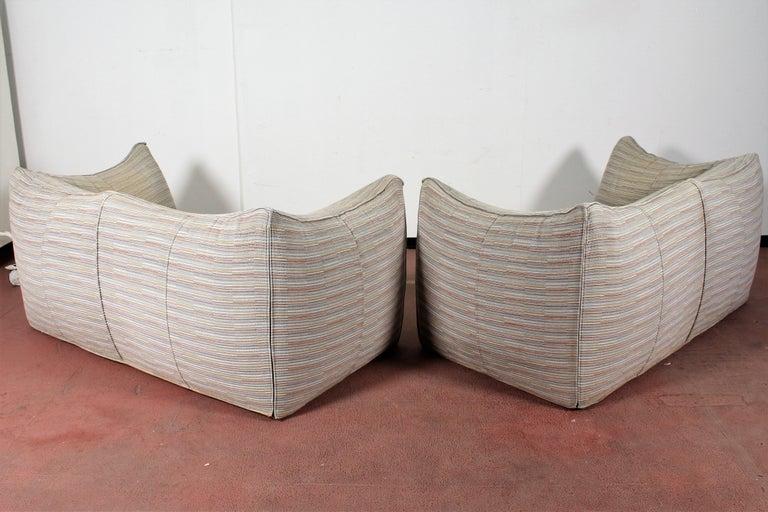 """Late 20th Century Mario Bellini""""Le Bambole"""" Vintage Two-Seat Sofa Missoni Fabric B&B Italia, 1970s For Sale"""