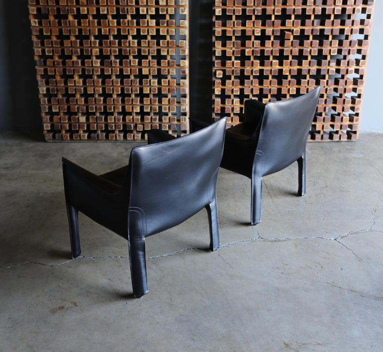 Mario Bellini Leather Cab Lounge Chairs for Cassina For Sale 3