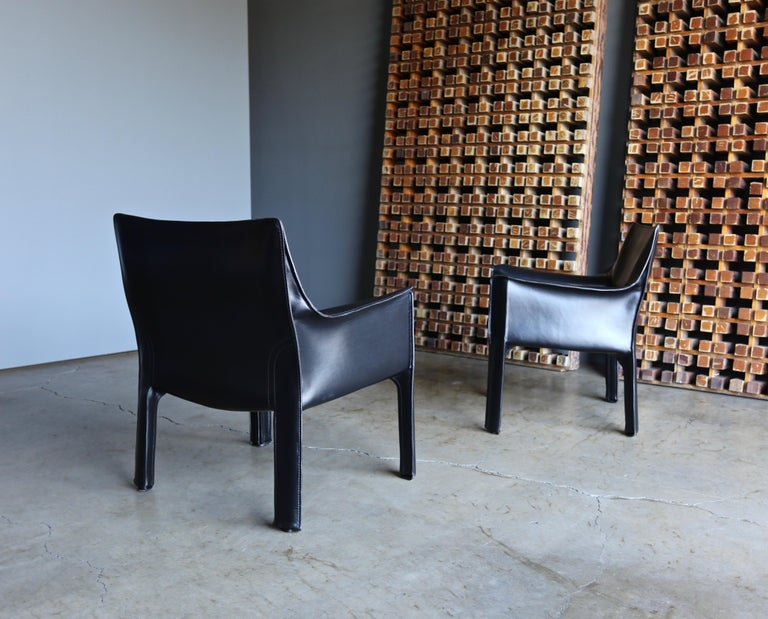 Mario Bellini Leather Cab Lounge Chairs for Cassina For Sale 7