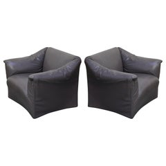Mario Bellini Model 685 'Tentazione' Club Lounge Chairs in Leather, Signed