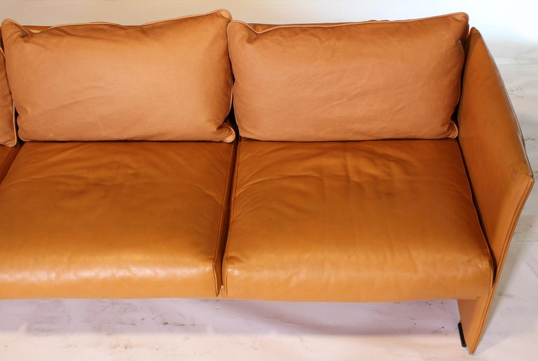 Mario Bellini Tilbury Three-Seat Leather Sofa or Couch For Sale 12