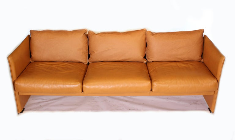 Italian Mario Bellini Tilbury Three-Seat Leather Sofa or Couch For Sale