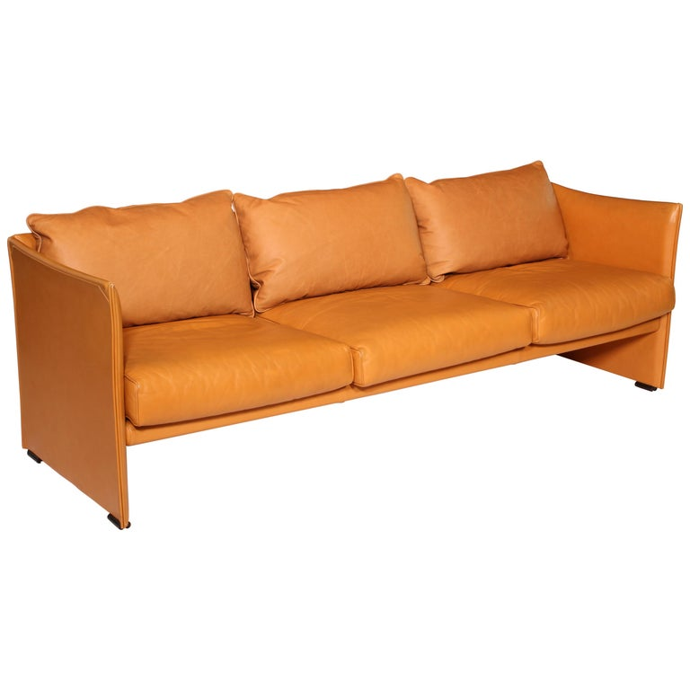 Mario Bellini Tilbury Three-Seat Leather Sofa or Couch For Sale