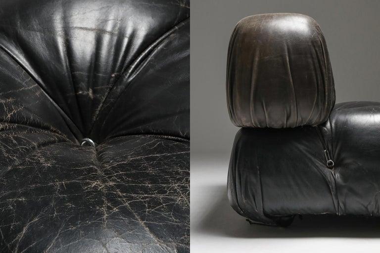 Mario Bellini's 'Camaleonda' Lounge Chairs in Original Black Leather For Sale 6