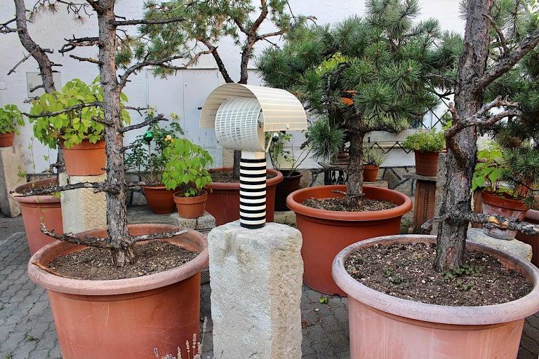 Modern Mario Botta Black and White Vintage Table Lamp Shogun, 1980s, Italy