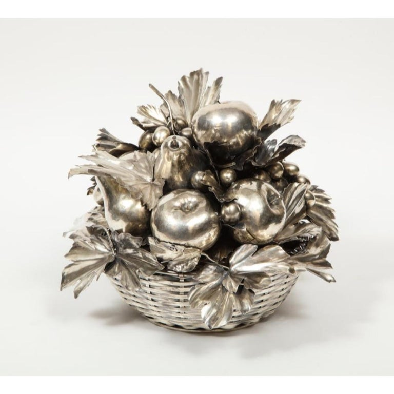 Mario Buccellati, an Italian Silver Fruit Basket Centerpiece In Good Condition In New York, NY