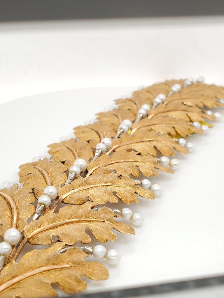 Original Mario Buccellati Gold Leaf and Pearl Bracelet. Circa 1940-1950s. Signed M. Buccellati. 18k yellow gold. Fantastic condition with original box.