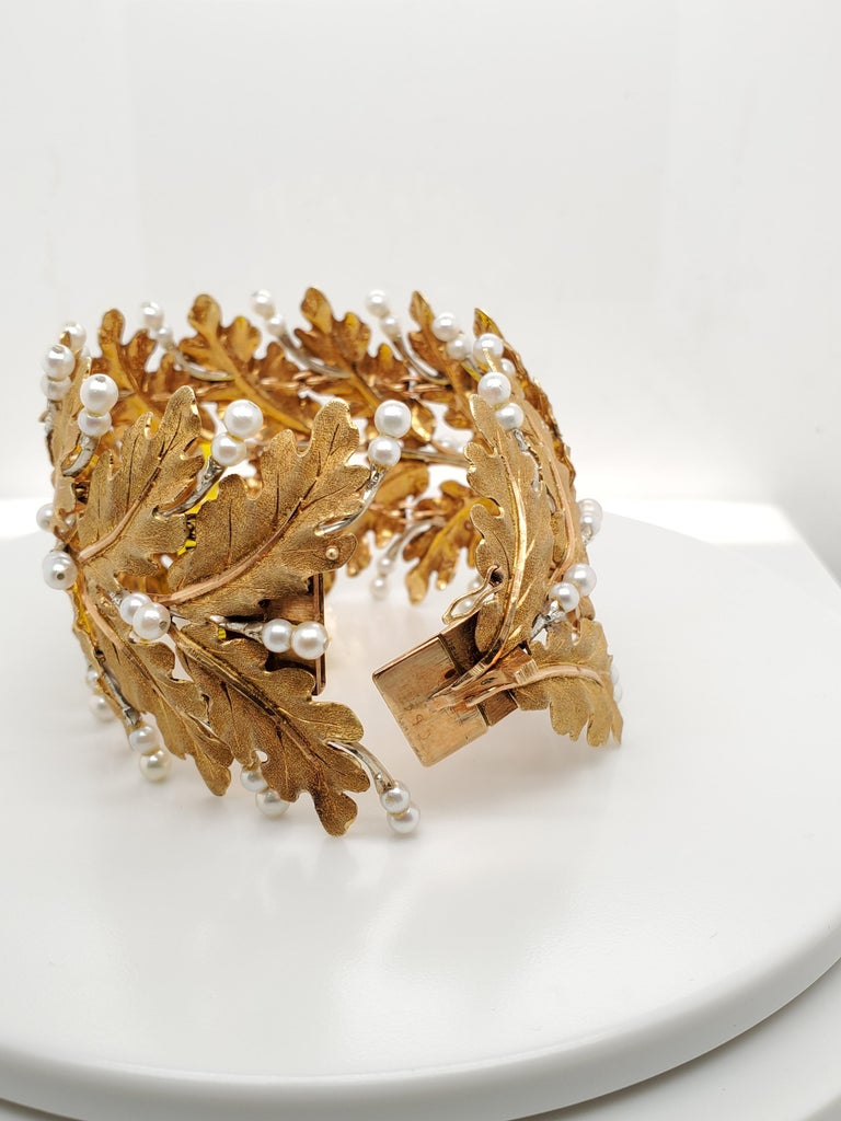 Women's Mario Buccellati Gold Leaf and Pearl Bracelet For Sale