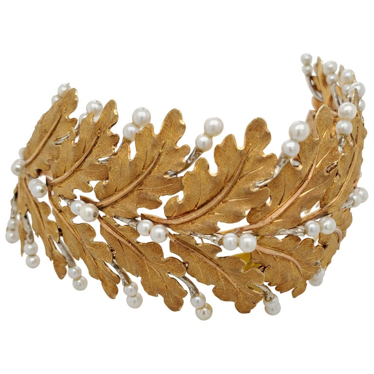 Mario Buccellati Gold Leaf and Pearl Bracelet For Sale