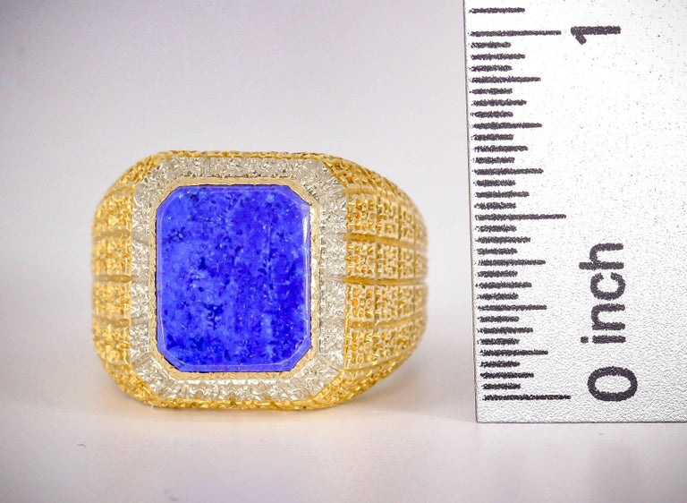 Mario Buccellati Lapis Lazuli and Gold Men's Ring For Sale 4