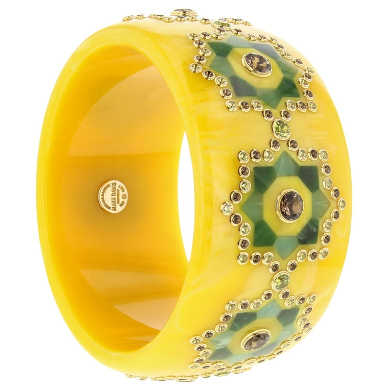 Contemporary Mark Davis Bangle of Yellow Bakelite with Inlay, Peridot and Smoky Quartz For Sale