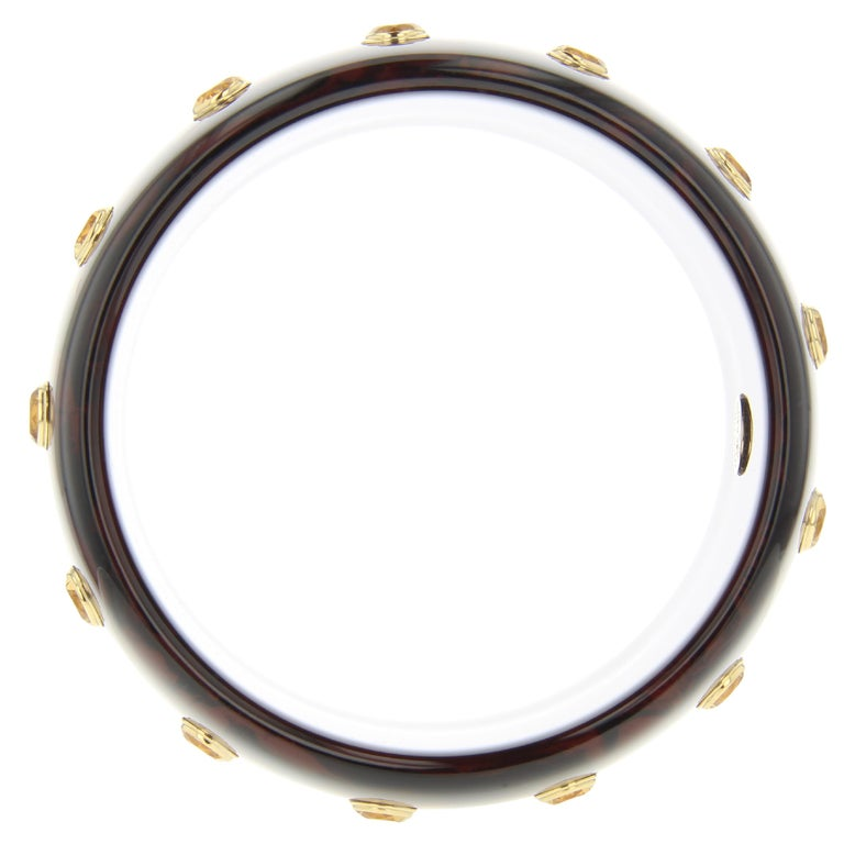 Contemporary Mark Davis Vintage Brown Bakelite Bangle with Inlaid Square Pattern and Citrine For Sale