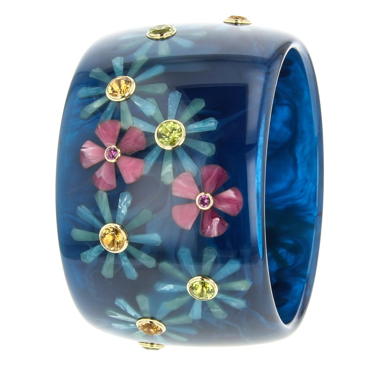 Contemporary Mark Davis Vintage Navy Bakelite Bangle with Floral Inlay and Gemstones in 18k For Sale