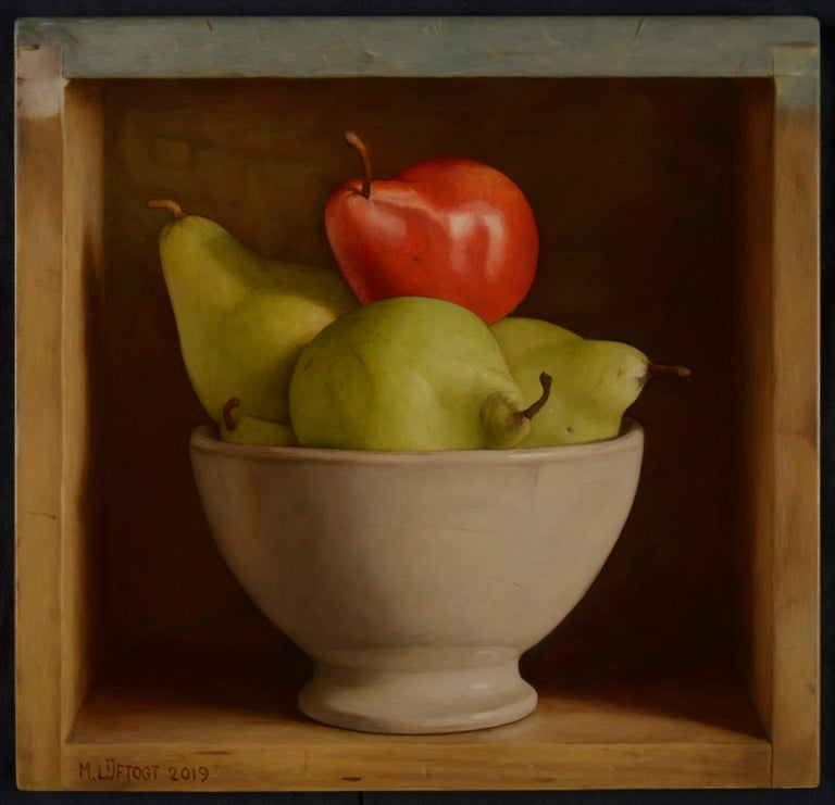 Mark Lijftogt Still-Life Painting - Colourful Still Life Realist painting of a 'Red & Green Pear' in a bowl
