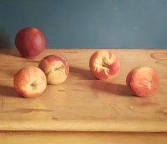 Realist Contemporary Still-Life painting 'Peaches' by Mark Lijftogt