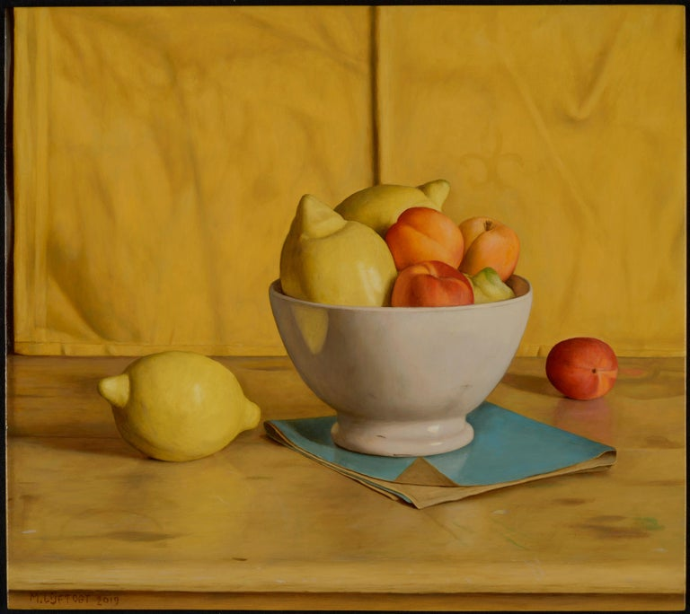 Mark Lijftogt Still-Life Painting - Vibrant & Vivid Still life painting 'Yellow Napkin' with lemons, peaches & Bowl