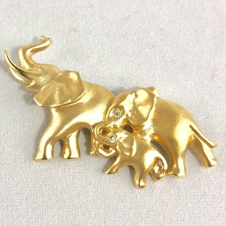 Round Cut Mark Schneider 18 Karat Gold and Diamond Modern Elephant Brooch For Sale