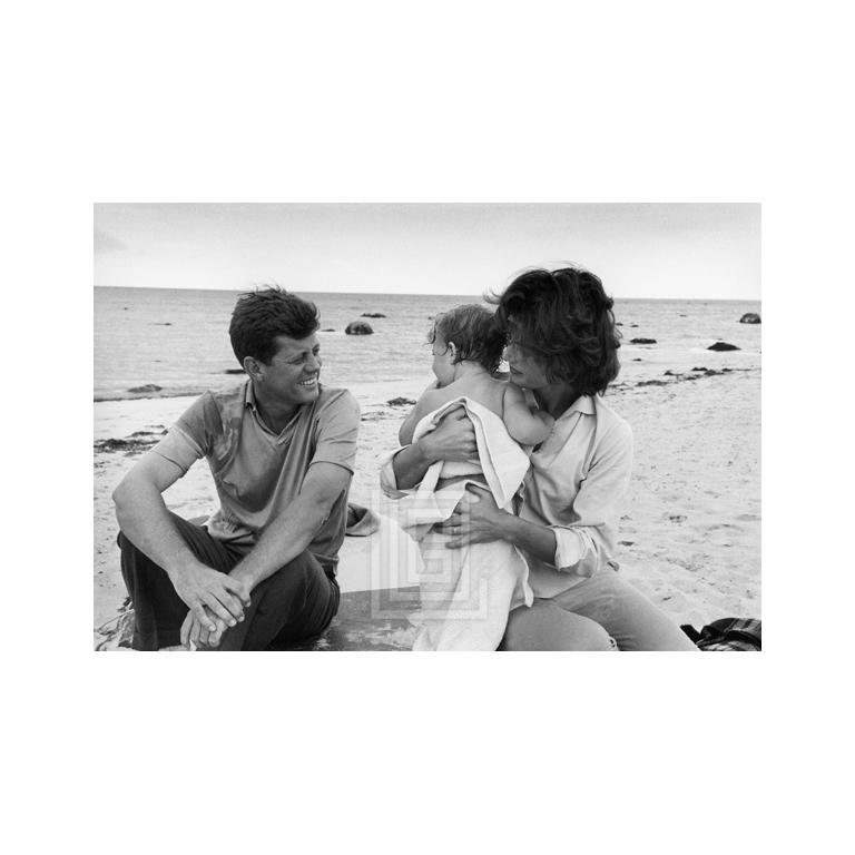 Mark Shaw Black and White Photograph - Kennedys, Hyannis Beach, John, Jackie and Caroline, 1959