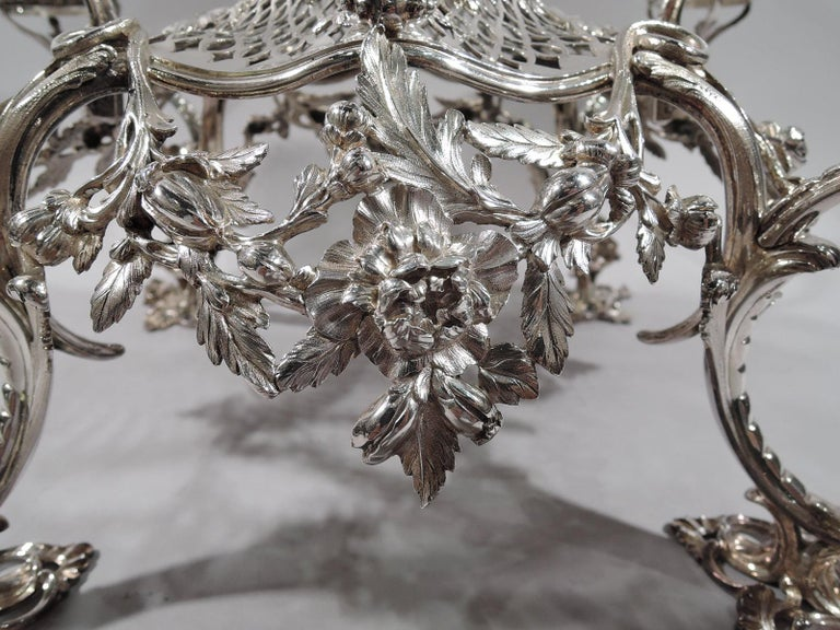 Market-Fresh English Georgian Rococo Epergne by Thomas Pitts, 1766 For Sale 3
