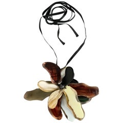 MARNI Horn & Resin Abstract Flower Ribbon Necklace