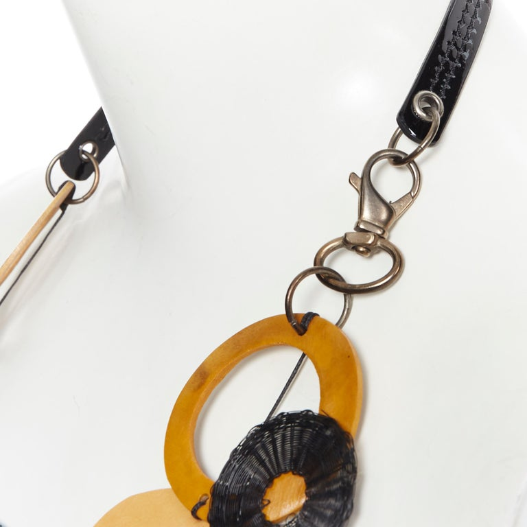 MARNI tribal black patent yellow wood linked statement necklace For Sale 2