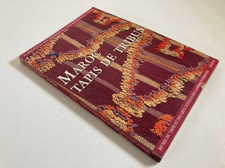 20th Century Maroc Tapis de tribus 'French' Moroccan Tribal Rugs Paperback Book For Sale