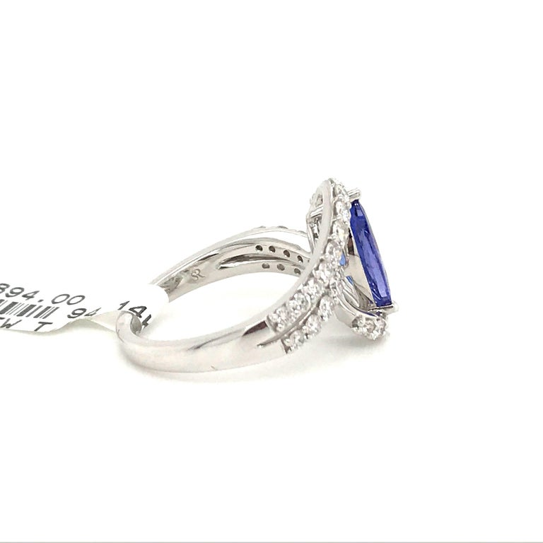 Women's Marquise Cut Tanzanite Diamond Ring 1.96 Carat 14 Karat White Gold For Sale