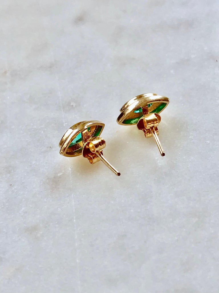 Marquise Emerald Stud Earrings 18 Karat Yellow Gold For Sale 4
