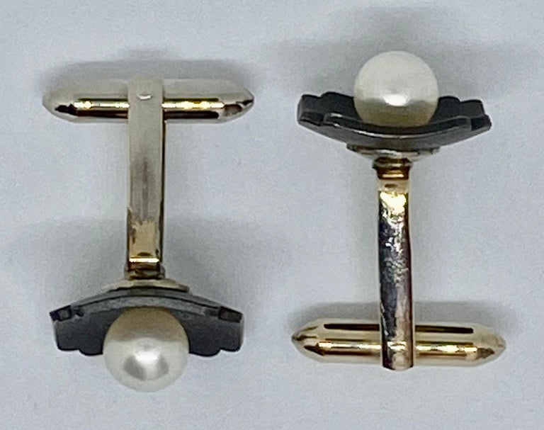 Marsh & Company Gold, Oxidized Steel and Cultured Pearl Cufflinks Dress Set In Good Condition For Sale In San Rafael, CA