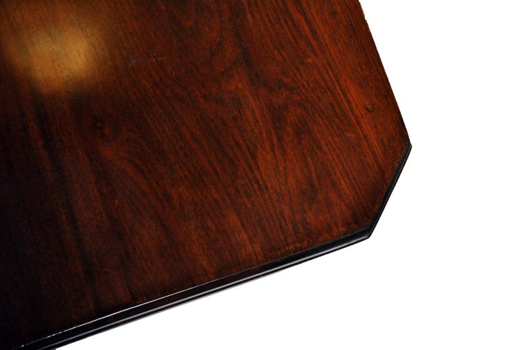 Marsh, Jones, & Cribb Antique Dining Table with Three Leaves For Sale 6