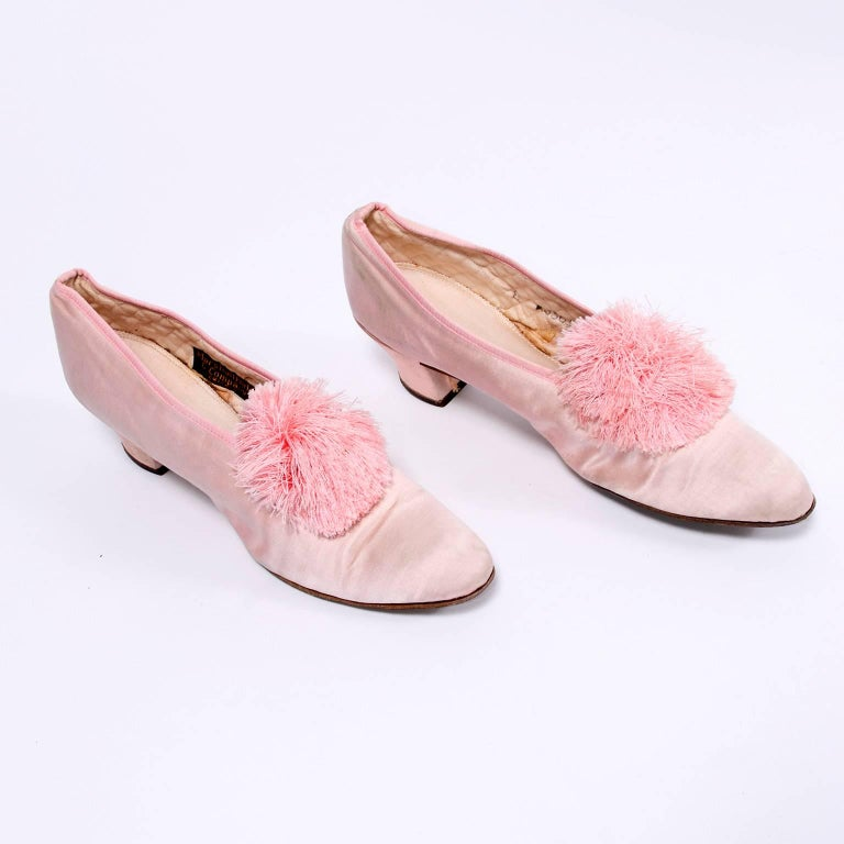 Marshall Field Edwardian Pink Satin Vintage Shoes With Pom Poms 7 In Good Condition For Sale In Portland, OR