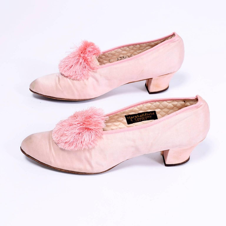 Marshall Field Edwardian Pink Satin Vintage Shoes With Pom Poms 7 For Sale 1