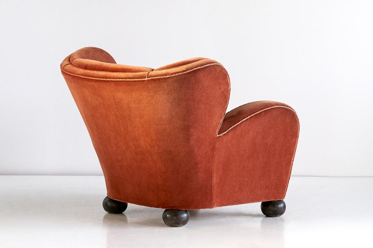 Märta Blomstedt Armchair in Mohair Designed for Hotel Aulanko, Finland, 1939 In Good Condition For Sale In The Hague, NL