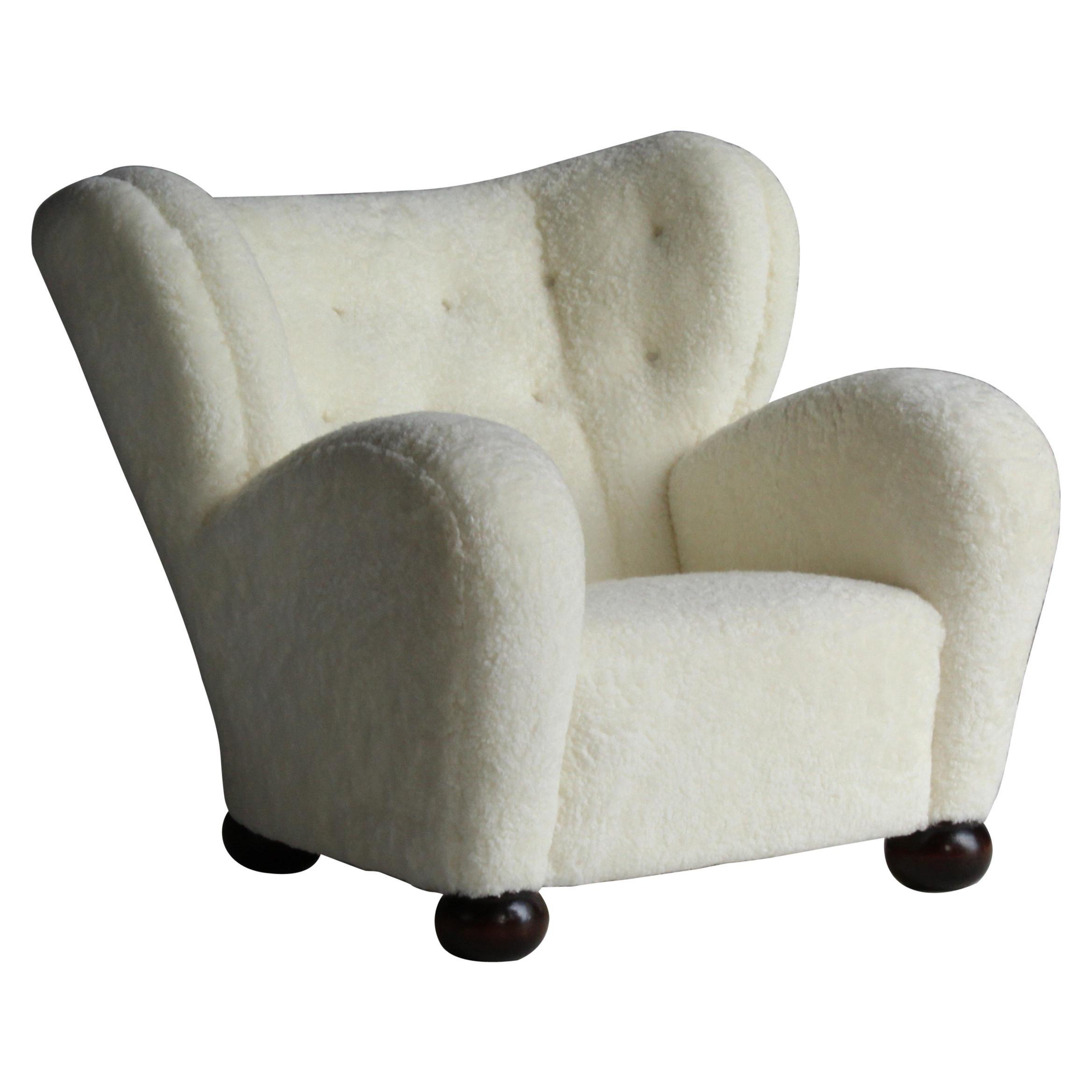 Märta Blomstedt, Lounge Chair Designed for Hotel Aulanko, Sheepskin, Birch, 1939
