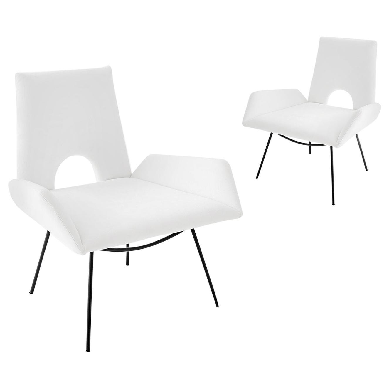 Martin Eisler & Carlo Hauner Modern Brazilian Pair of Low Armchairs White Fabric