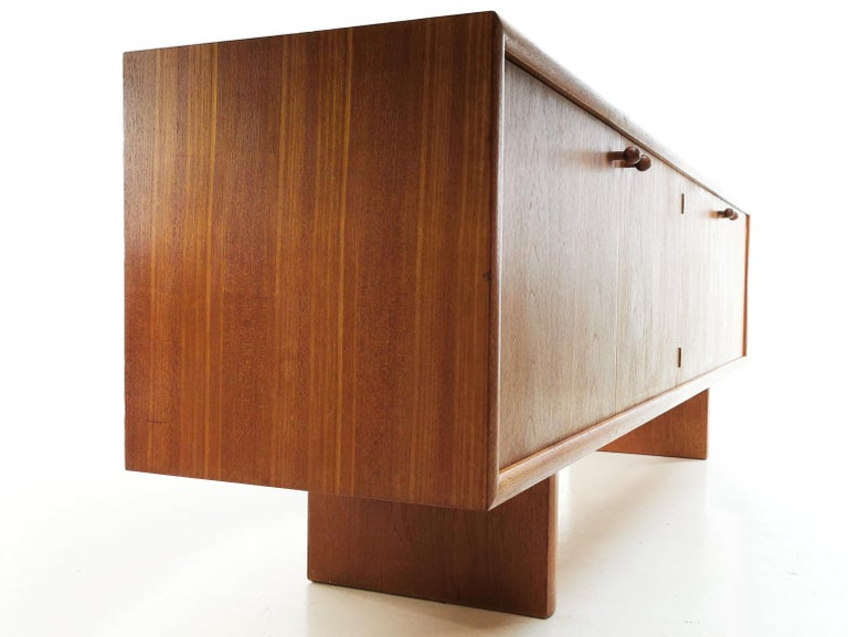 Martin Hall for Gordon Russell Midcentury Marlow Sideboard, 1970s For Sale 3