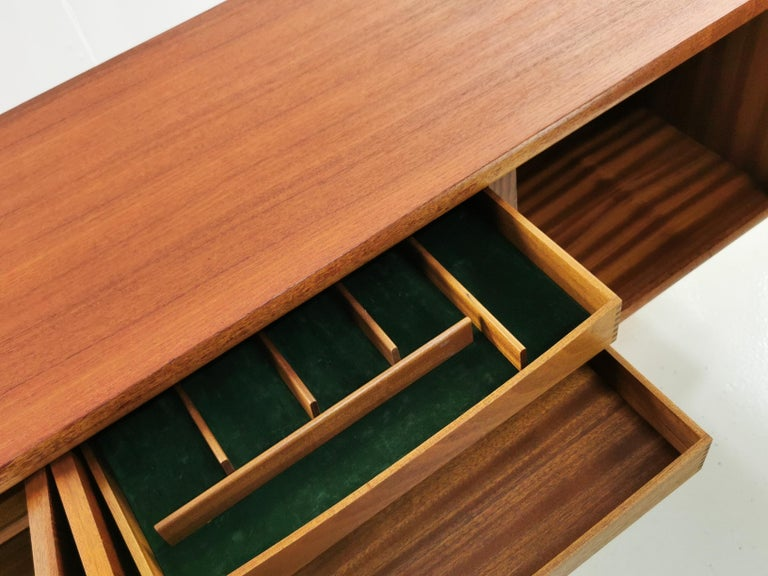 Martin Hall for Gordon Russell Midcentury Marlow Sideboard, 1970s For Sale 2