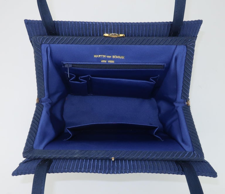 Martin Van Schaak Royal Blue Fabric Handbag, 1960's For Sale 6