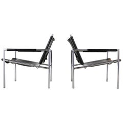 Martin Visser, a Set of Two Lounge Chairs Model SZ02 for 't Spectrum