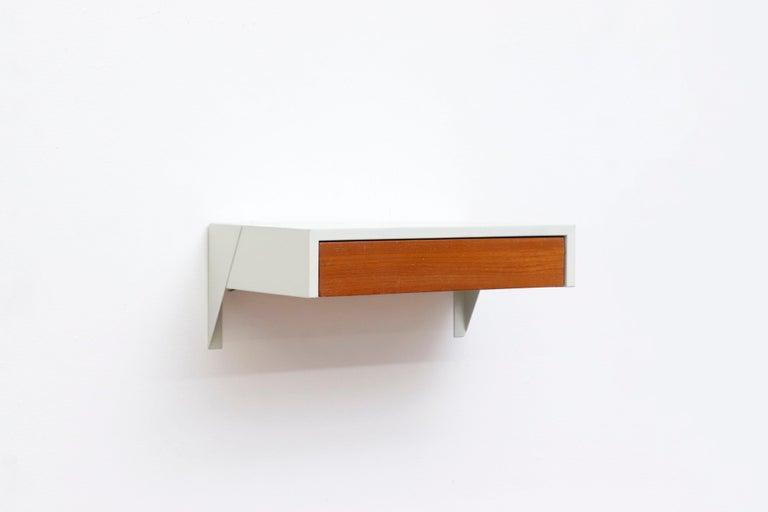 Dutch Martin Visser DD01 Wall Mount Shelf for 'T Spectrum For Sale
