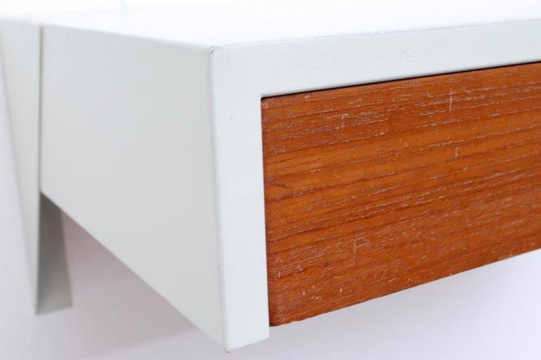 Martin Visser DD01 Wall Mount Shelf for 'T Spectrum For Sale 1