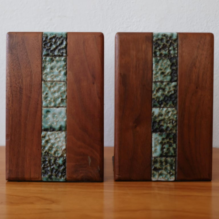 Martz Bookends for Marshall Studios Walnut and Ceramic In Good Condition For Sale In San Diego, CA