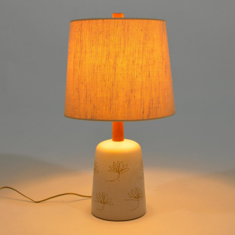 Mid-20th Century Martz Table Lamp with Floral Sgraffito Decoration For Sale