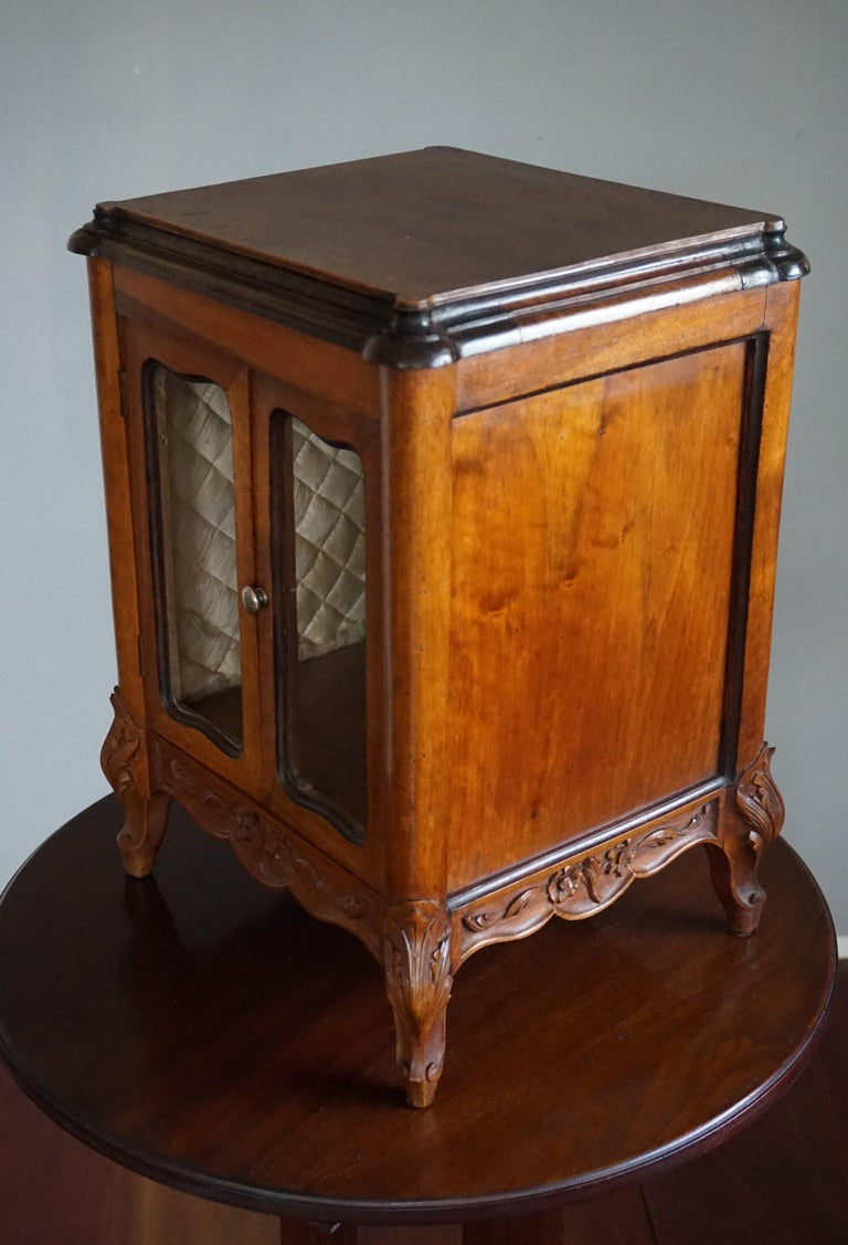 Marvelous 19th Century Handcrafted Louis Quinze Style Nutwood Miniature Cabinet For Sale 9