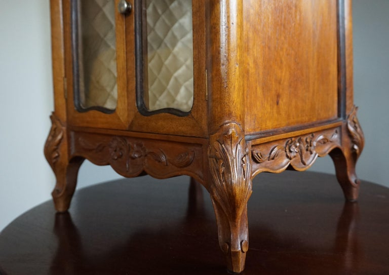 French Marvelous 19th Century Handcrafted Louis Quinze Style Nutwood Miniature Cabinet For Sale