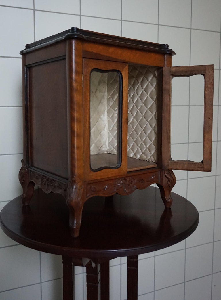 Marvelous 19th Century Handcrafted Louis Quinze Style Nutwood Miniature Cabinet For Sale 5